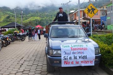 """""""Hier sagen wir ja zum Leben - Nein zum Bergbau"""""""
