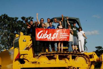 Bulldozer zur Bekämpfung des Marabu