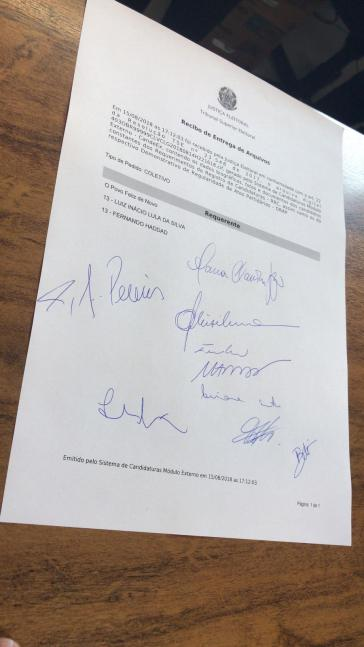 Das offzielle Dokument der Einschreibung der Kandidatur Lula da Silvas