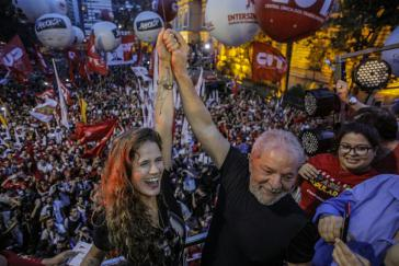 Lula da Silva bei der Kundgebung in São Paulo, Brasilien, am Abend nach der Urteilsverkündung
