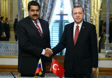 Der venezolanische Präsident Maduro nahm am Montag an der Vereidigung des türkischen Präsidenten Erdogan teil, auch um im Umfeld wirtschaftliche Kooperationen zu besprechen