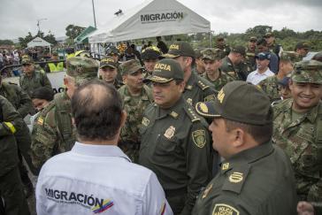 Kolumbiens Präsident hat unlängst zusätzliche 3.000 Militärs und Polizisten an mehr als 250 Punkten der Grenze zu Venezuela positioniert und die Region militarisiert