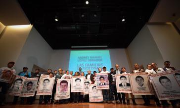 Mexikos designierter Präsident traf Angehörige der 43 Lehramtsstudenten