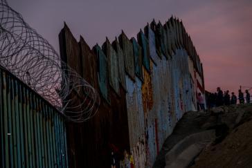 An der Grenze zwischen Mexiko und den USA in Tijuana im Bundesstaat Baja California