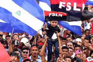 Anhänger der Regierungspartei FSLN in Nicaragua