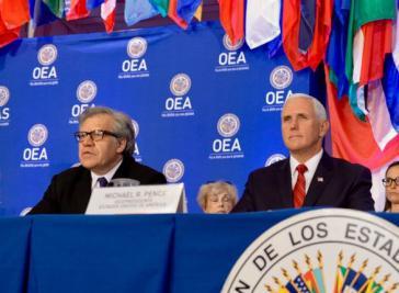 Gemeinsam gegen Venezuela: OAS-Generalsekretär Luis Almagro (links) und US-Vizepräsident Mike Pence bei der Sitzung des Ständigen Rats der OAS am Montag in Washington