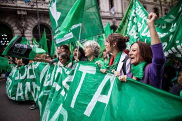 """2018 war auch das Jahr der """"grünen Welle"""", die in Argentinien ausgehend von einem popularen Feminismus  sichtbar wurde"""