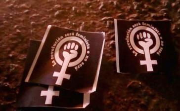 """""""Die Revolution wird feministisch sein, oder es wird sie nicht geben"""": Plakate der streikenden Studentinnen von der UBB in Concepción, Chile"""