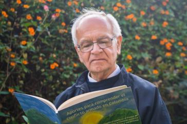 Pater Javier Giraldo, der Koordinator der Cinep-Datenbank für Menschenrechte und politische Gewalt in Kolumbien