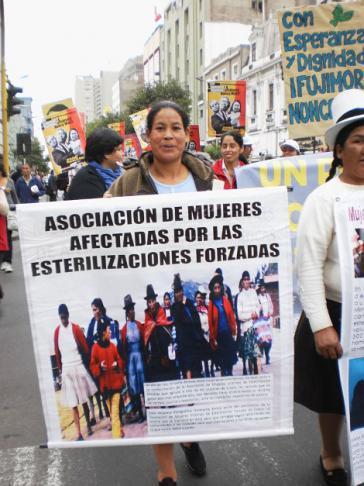 Mit großer Freude reagierten die Aktivistinnen vom Verband der von Zwangssterilisationen betroffenen peruanischen Frauen auf die Anklage