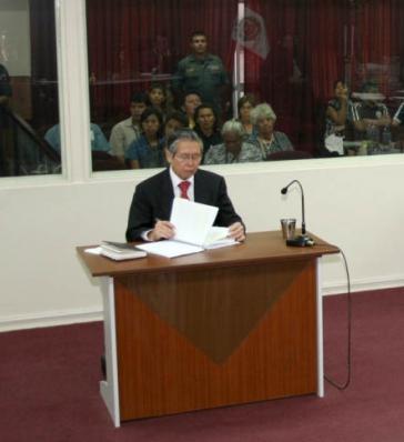Alberto Fujimori während des Gerichtsprozesses 2008. Er wurde zu 25 Jahren Gefängnis verurteilt