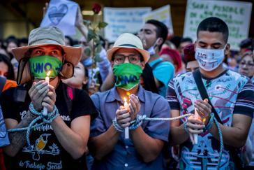 Am 6. Juli gingen in  50 kolumbianischen Städten und 32 Städten weltweit Menschen auf die Straße, um gegen die Morde an Aktivisten zu protestieren
