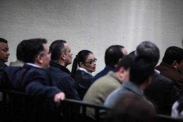 Guatemalas Ex-Vizepräsidentin Roxana Baldetti und Mitangeklagte bei der Urteilsverkündung am Dienstag