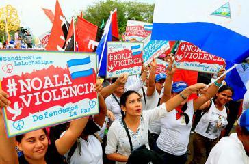 Sandinistas demonstrierten am 9. Mai erneut gegen die Ǵewalt kleiner regierungsfeindlicher Gruppen in Nicaragua
