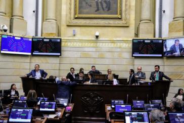 Im Senat von Kolumbien wurde das Gesetz zur Friedensjustiz schon länger kontrovers diskutiert