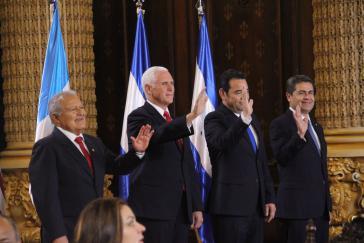Thema Migration: Pence mit den Präsidenten von El Salvador, Guatemala und Honduras