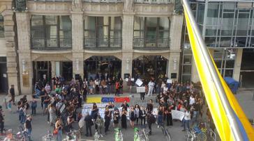Auch in Berlin fand eine Protestaktion gegen die zunehmende politische Gewalt in Kolumbien statt