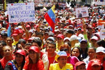 Zehntausende demonstrierten in Venezuelas Hauptstadt Caracas nach dem Attentat auf Präsdident Maduro am 4. August