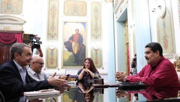 Zapatero (li.) und Maduro (re.) im vergangenen November bei einem Treffen in Caracas, Venezuela