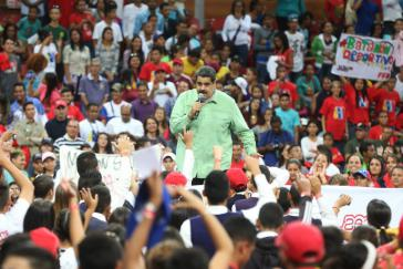 Präsident Nicolás Maduro gibt Gründung weiterer Partei vor Wahlen in Venezuela bekannt