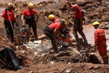 In Brasilien sind viele Staudämme vom Einbruch bedroht, wie am Samstag im Bundesstaat Rondonia