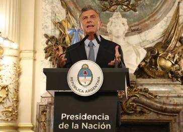 In einer Fernsehansprache gab Argentiniens Präsident Macri die Unterzeichnung des Dekrets bekannt