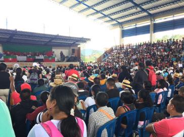 Treffen von Indigenen zur Besprechung der Lage nach den Attentat in Cauca