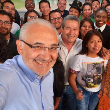 Carlos Mesa kommt bei Umfragen auf die meisten Stimmen unter den Oppositionskandidaten
