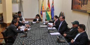 Verhandlungen im Senat von Bolivien über Neuwahlen