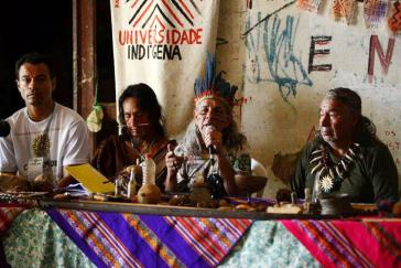 """""""Die indigene Universität ist ein Raum des gemeinschaftlichen, multiethnischen, interkulturellen und dekolonialen Lernens"""""""