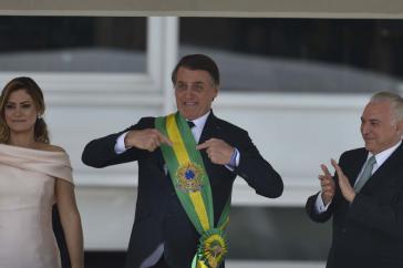 Brasiliens neuer Präsident Jair Bolsonaro mit Ehefrau Michelle und seinem Amtsvorgänger Temer