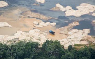 Der Rio Uraricoera in Roraima ist vom Quecksilber vergiftet, das bei der Goldgewinnung verwendet wird