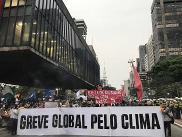 Viele junge Menschen nahmen an der Mobilisierung in São Paulo zum globalen Klimastreik teil