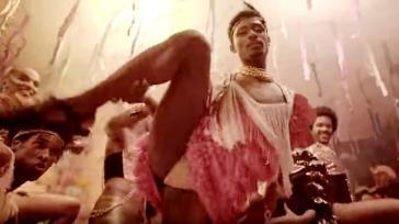 """Von Bolsonaro attackiert: Daniela Mercury und Caetano Veloso hatten ein Lied gegen die Zensur der Kultur mit dem Titel """"Verbotener Karneval"""" herausgebracht (Screenshot)"""