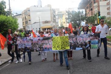 Tausende Menschen haben am 26.Juli gegen die anhaltende Gewalt und die tödlichen Angriffe auf soziale und politische Aktivisten in Kolumbien protestiert