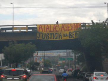 Ein Plakat in Tegucigalpa am Morgen des Schuldspruchs im Mordfall Berta Cáceres am 29. November