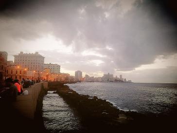 Eines der beliebten Ziele der Touristen in Havanna: Die Uferstraße Malecón