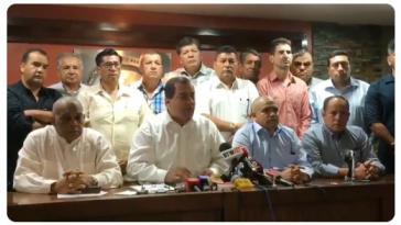 Vertreter der Föderation von Kooperativen im Öffentlichen Nahverkehr kritisierten bei einer Pressekonferenz das Dekret scharf