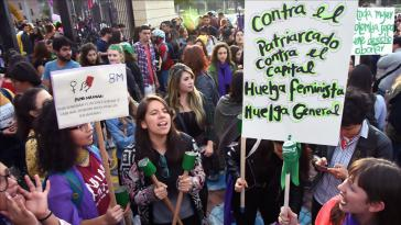Am 25. November bezog sich der Streik auch auf den Internationalen Tag gegen Gewalt gegen Frauen