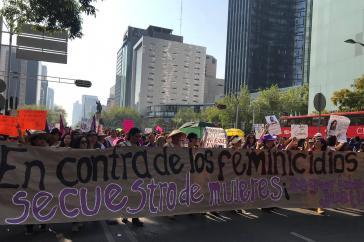 """""""Gegen Feminizide und Frauenentführungen"""". Demonstration in Mexiko-Stadt am 2. Februar"""