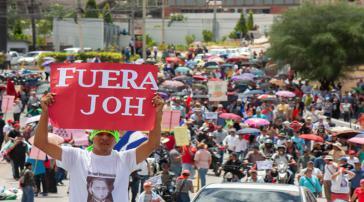 Demonstranten forderten am Dienstag in Tegucigalpa und anderen Städten den Rücktritt des Präsidenten