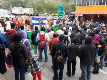 Demonstranten in Honduras bezeichnen die Regierung Hernández als Diktatur