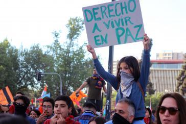 """""""Recht in Frieden zu leben"""": In Chile geht es bei den Protesten mittlerweile auch um die Wahrung des Friedens im Land"""