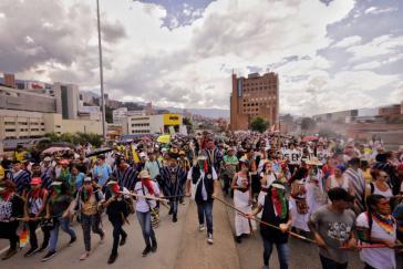 Demonstration in Medellín am Dienstag. Der landesweite Streik geht weiter und findet zunehmend Unterstützung