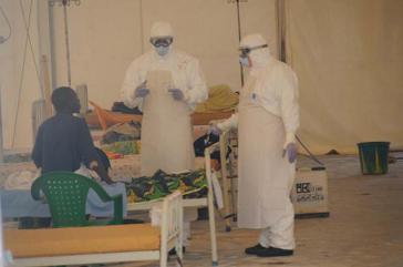 kubanisches Gesundheitspersonal im Kampf gegen Ebola