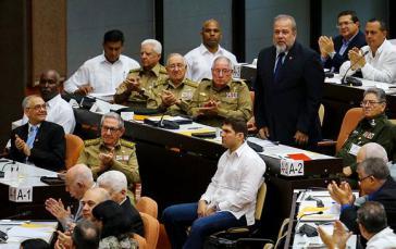 Mit Manuel Morrero (stehend) hat Kuba erstmals seit 1976 wieder einen Premierminister