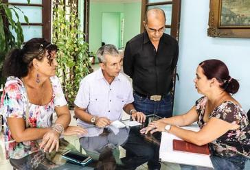 Am 16. Juli wurde in Havanna das erste transsexuelle Paar Kubas getraut