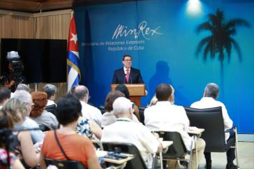 Kubas Außenminister Bruno Rodríguez bei der Pressekonferenz in Havanna am Dienstag