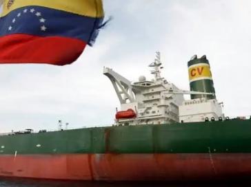 """Auch Schiffe, die Erdöl nach Kuba bringen, sind von den Sanktionen betroffen. Kubas Präsident Miguel Díaz-Canel bezeichnete dies als """"Akt der Einmischung und imperialen Arroganz"""""""
