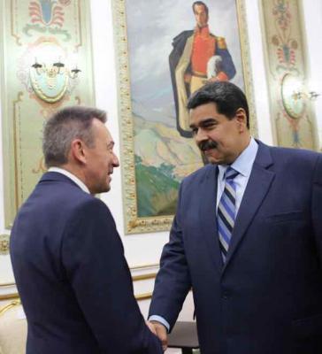 Der Präsident des Internationalen Roten Kreuzes, Peter Maurer, am Dienstag bei einem Treffen mit dem venezolanischen Präsidenten, Nicolas Maduro